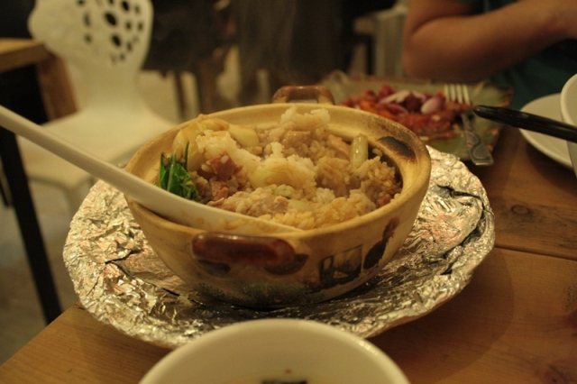 Lah-Lah-Lah Claypot in One Claypot House
