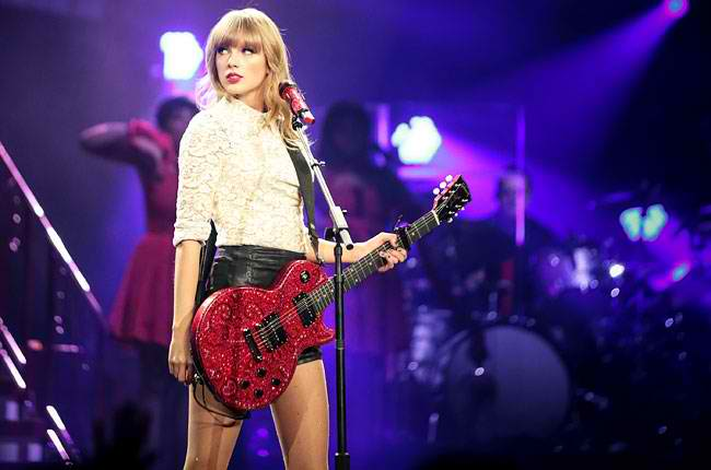 taylor-swift-red-tour-opener-650-430
