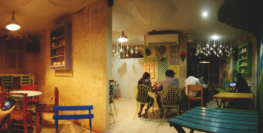 Café | One Setting Travels on british house, greek house, coconut house, asian house, breakfast house, curry house, mediterranean house, japanese house, cheese house, blueberry house, bubble waterfall, coffee house, bubble spa, bubble inside of house, bubble shed, bubble fusion,